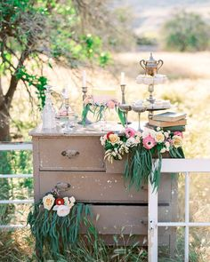 This gorgeous San Juan Capistrano shoot is up on the blog today! Featured here is our Spring Lake Dresser Staley Windows & Aynor Cake Stands. (Rentals: @sweetsalvagerentals | Photo: @savanphotography | Planner: @justakissweddings | Florals: @littleredlemmon | Desserts: @delightfulbythedozen)
