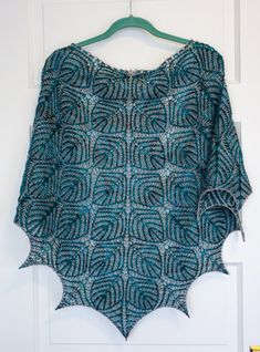 For something so beautiful, it sure was a pain to knit! I keep thinking, why was Champagne Bubbles (also 2-color brioche, but with bonus!lace!) so much easier? I think because Champagne Bubbles is…