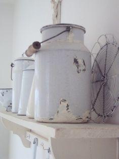 Tienda online vintage retro, decoración hogar y negocio, porcelana esmaltada, rústico, cocina