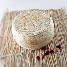 Queso de Grazalema By PONCELET . Es uno de los quesos que está alcanzando mayor prestigio en España y seguramente sea uno de los mejores, asi cada año se le esta reconociendo en catas-concursos nac…