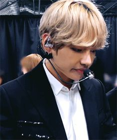 blonde!tae was a marvelous look pls bring it back