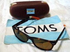TOMS BEACHMASTER SUNGLASSES BROWN TORTOISE AMBER LENS POLARIZED W CASE