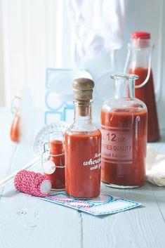 Když si kečup uvaříte sami, víte, co jste do něj dali, což je dobrý důvod, proč se do něj pouštět. A také s dochucením si můžete vyzrát podle vlastního uvážení.