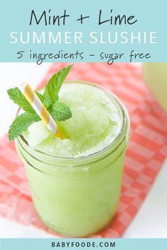 Mint + Lime Slushy is part of Summer drinks - These Mint + Lime Slushies are a refreshing afternoon drink made with limes, mint, a touch of honey, sparkling water and lots and lots of ice A perfectly healthy summer drink for the entire family Slushies, Healthy Summer Recipes, Healthy Foods To Eat, Healthy Snacks, Healthy Drinks For Kids, Mint Recipes, Drinks Alcoholicas, Alcoholic Drinks, Beverages