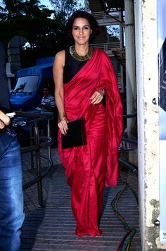 Sport dress outfit casual 61 new Ideas Trendy Sarees, Stylish Sarees, Indian Dresses, Indian Outfits, Indian Clothes, Modern Saree, Satin Saree, Indian Attire, Indian Wear