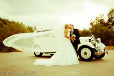 © FOTO JANÉ Sneakers, Wedding, Fashion, Pictures, Tennis, Valentines Day Weddings, Moda, Slippers, Fashion Styles