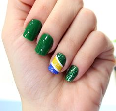 unhas de copa brasil 03 Unhas decoradas: passo a passo com fotos e vídeos Soccer Nails, World Cup, Pretty Nails, Cute Nails, Brazil, Nail Art Designs, Enamel, Hair Beauty, Pedicures