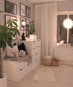 Dresser design ideas that you can try in your room inspo Room Ideas Bedroom, Home Bedroom, Girls Bedroom, Bedroom Decor, Bedrooms, Bedroom Inspo, Ikea Teen Bedroom, Master Bedroom, Mirror Bedroom