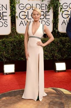 Margot Robbie attends the 71st Annual Golden Globe Awards held at The Beverly Hilton Hotel on January 12, 2014 in Beverly Hills, California