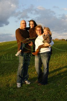 Sweet light in Monroe, Indiana.  Fort Wayne Indiana family photographer.  http://www.alleyesonyou.biz  260.385.6329