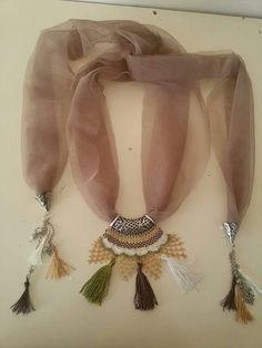40-tane-igne-oyasi-fular-modelleri (22) Russian Crochet, Scarf Jewelry, Textile Jewelry, Crochet Collar, Bead Crochet, Crochet Necklace, Brick Stitch, Needle Lace, Ribbon Embroidery