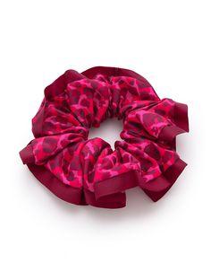 Chouchou, Marc jacobs  - 20 accessoires cheveux stylés pour passer l'hiver en beauté  - Elle
