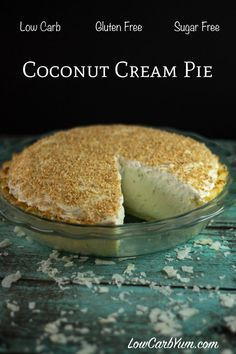Sugar Free Coconut Cream Pie - Gluten Free A low carb pie perfect to serve on holidays. This sugar free coconut cream pie recipe has a light and flaky gluten free crust with a smooth creamy filling. Keto Desserts, Sugar Free Desserts, Sugar Free Recipes, Dessert Recipes, Dessert Ideas, Cake Ideas, Low Carb Deserts, Low Carb Sweets, Food Deserts