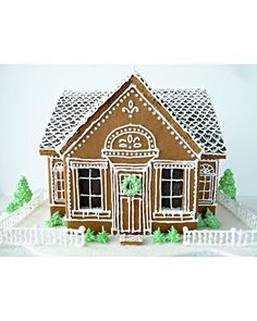 Little House on the Hill gingerbread house in white.
