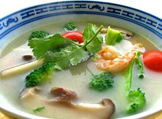 Enjoy a Big Bowl of Richly Flavored Thai Tom Yum Kung Soup: My Tom Yum Soup - true Thai cooking at its best!