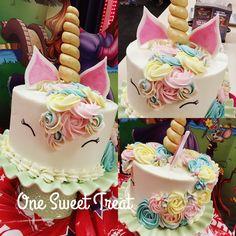 Unicorn birthday cake for my daughter Vivi.  #unicorns #unicorncake
