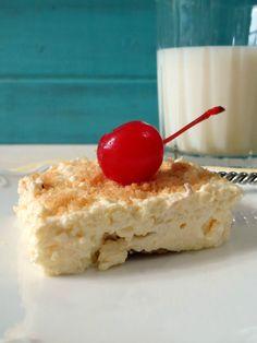 Banana Cream Pie Bars (R)~~very similar to a recipe I use from Paula Deen~~Rose (R)