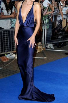 Burberry Prorsum Deep V-Neck Navy gown. I LOVE.