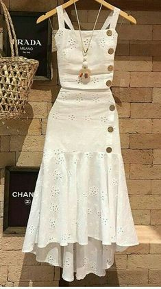 Amei estes looks Chic Outfits, Trendy Outfits, Summer Outfits, Hijab Fashion, Fashion Dresses, Cute Dresses, Casual Dresses, Party Dresses, Vetement Fashion