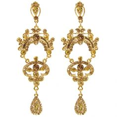 Brinco Medieval Dourado https://www.mariasanta.com.br/produto/9671/Brinco-Medieval-Dourado