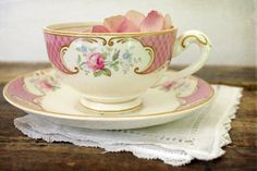 Sweet vintage tea cup. $28.00 #vintage #pink #teacup #rose #shabby chic