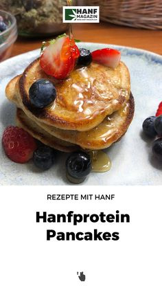 Ein einfaches und schnelles Rezept, mit dem man zum Frühstück eine extra Portion Hanfprotein zu sich nehmen kann! Fast Recipes, Food Items, Food Portions, Cooking, Essen