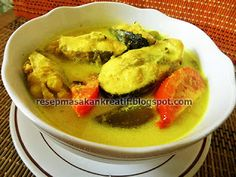 Asian Cake, Asian Recipes, Ethnic Recipes, Indonesian Food, Fish And Seafood, Seafood Recipes, Thai Red Curry, Easy Meals, Food And Drink