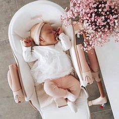 🧸𝐍𝐚𝐧𝐮' (@nanubabycouture) • Foto e video di Instagram Baby Boys, Bibs, Bassinet, Instagram, Honey, Furniture, Home Decor, Pacifiers, Children