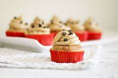 How to Make Chocolate Chip Cookie Dough Cupcakes (with pictures)