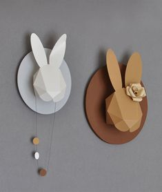 Paper Sculpture / Paper Crave Blog More 3D form that is made from simple geometric shapes