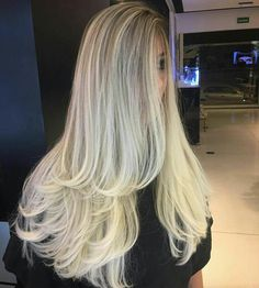 Long layered hair is beautiful, Need to find layered haircuts inspiration? See our list of 90 stunning layered haircuts&hairstyles for long hair now. Blonde Layered Hair, White Blonde Hair, Long Wavy Hair, Braids For Long Hair, Long Hair Cuts, Long Hair Styles, Blonde Color, Hair Colour, Long Layered Haircuts