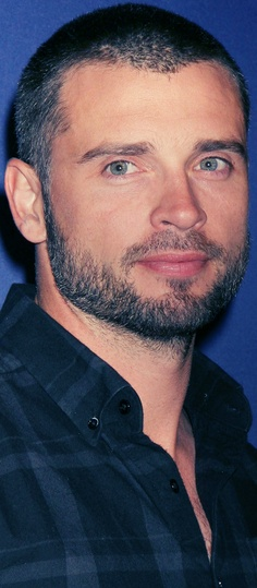 Tom Welling- looking GOOOOD. Still a very handsome man.