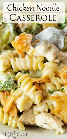 This Chicken Noodle Casserole is a perfect meal prep recipe that you can make 2 days ahead of time. An easy dinner idea and classic comfort food! More recipes easy dinner main dishes Chicken Noodle Casserole Easy Casserole Recipes, Casserole Dishes, Easy Healthy Casserole, Casserole Ideas, Chicken Noodle Casserole, Chicken Cassarole, Cooking Recipes, Healthy Recipes, Comfort Food Recipes