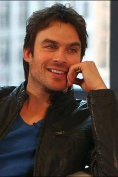 Ian gave a great interview despite the fact he could barely stay awake! The man keeps an impossible schedule I don't know how he does it!