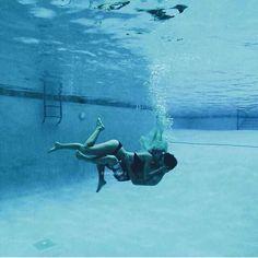 underwater kisses #Coupleactivities Cute Relationship Goals, Cute Relationships, Couple Fotos, Underwater Kiss, Couple Goals Cuddling, Photo Couple, Favim, Cute Couples Goals, Couple Pictures