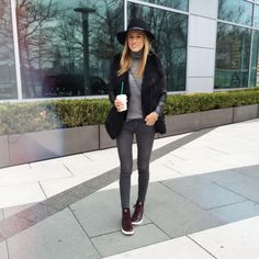 love this look from @lisadnyc - have those sneakers in olive, just need the hat and the grey skinnies!