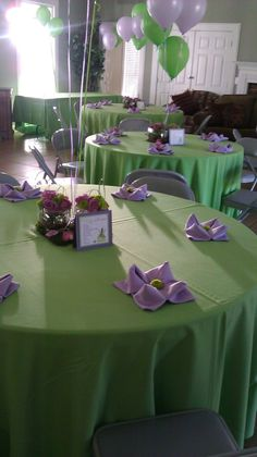 Princess and the frog party décor http://wrappedcouture.blogspot.ca/2011/10/princess-frog-baby-shower.html