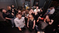 8 Tips on Taking Party Photographs - Digital Photography School Group Photography, Digital Photography School, Photography Business, Street Photography, Photography Ideas, Better Photography, Canon 7d, Night Photos, Portrait Poses