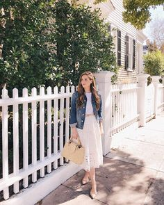 Sunshine and 70 degrees in February Sharing the mvp of my winter to spring wardrobe over on galmeetsglam.com today - link in profile to the post! #wintertospring #springstyle #southernwinter #sunshine
