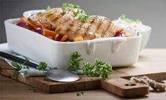Nyd smagen af sæsonens rodfrugter sammen med saftig og smagfuld kylling i denne nemme hverdagsret.