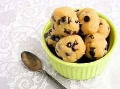 30 Second Raw Chocolate Chip Cookie Dough (Gluten/Dairy/Grain/Starch/Egg /Soy Free/ Low Sugar)