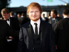 He was thinking out loud.Whoever said chivalry is dead was wrong, just ask Ed Sheeran's girlfriend Cherry Seaborn. At an after party for this year's BRIT Awards, the songwriter behind so many hopeless romantic favorites lived out his lyrics by doing what would melt every girl's heart.It turned out th