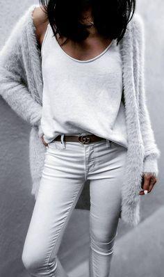 Du liebst elegante Damen Accessoires? Dann wirst du die Auswahl an hochwertigen und eleganten Damen Accessoires auf www.nybb.de lieben! #fashion