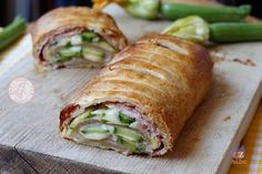 ROTOLO+ZUCCHINE+PROSCIUTTO+E+FORMAGGIO No Salt Recipes, Sweet Recipes, Cooking Recipes, Healthy Recipes, I Love Food, Good Food, Yummy Food, Confort Food, Christmas Lunch