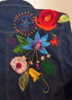 Embroidery On Clothes, Embroidered Clothes, Embroidery Fashion, Beaded Embroidery, Embroidery Stitches, Embroidery Patterns, Hand Embroidery, Blue Jean Quilts, Embroidered Denim Jacket