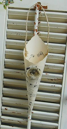 paper cone, cute with music paper for a May Day door with flowers in it