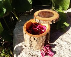 Items similar to Wooden ring box - Engagement ring box - Rustic wedding - Jewelry storage - Gift for her - One of a kind - Acacia - Eco-friendly on Etsy Wooden Box With Lid, Wooden Ring Box, Wooden Rings, Rustic Wedding Jewelry, Ring Bearer Pillows, Unique Presents, Jewellery Storage, Rustic Style, Gifts For Her