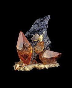 Calcite, Sphalerite / Mineral Friends <3