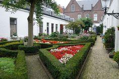 Hofje In Den Groenen Tuin, 2008, in de stad/ Almshouse, In the city, Haarlem, The Netherlands