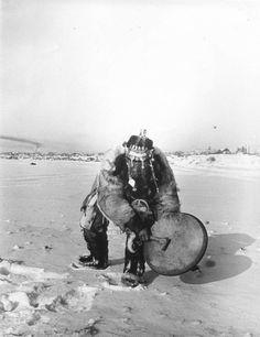 Siberian Shaman drumming